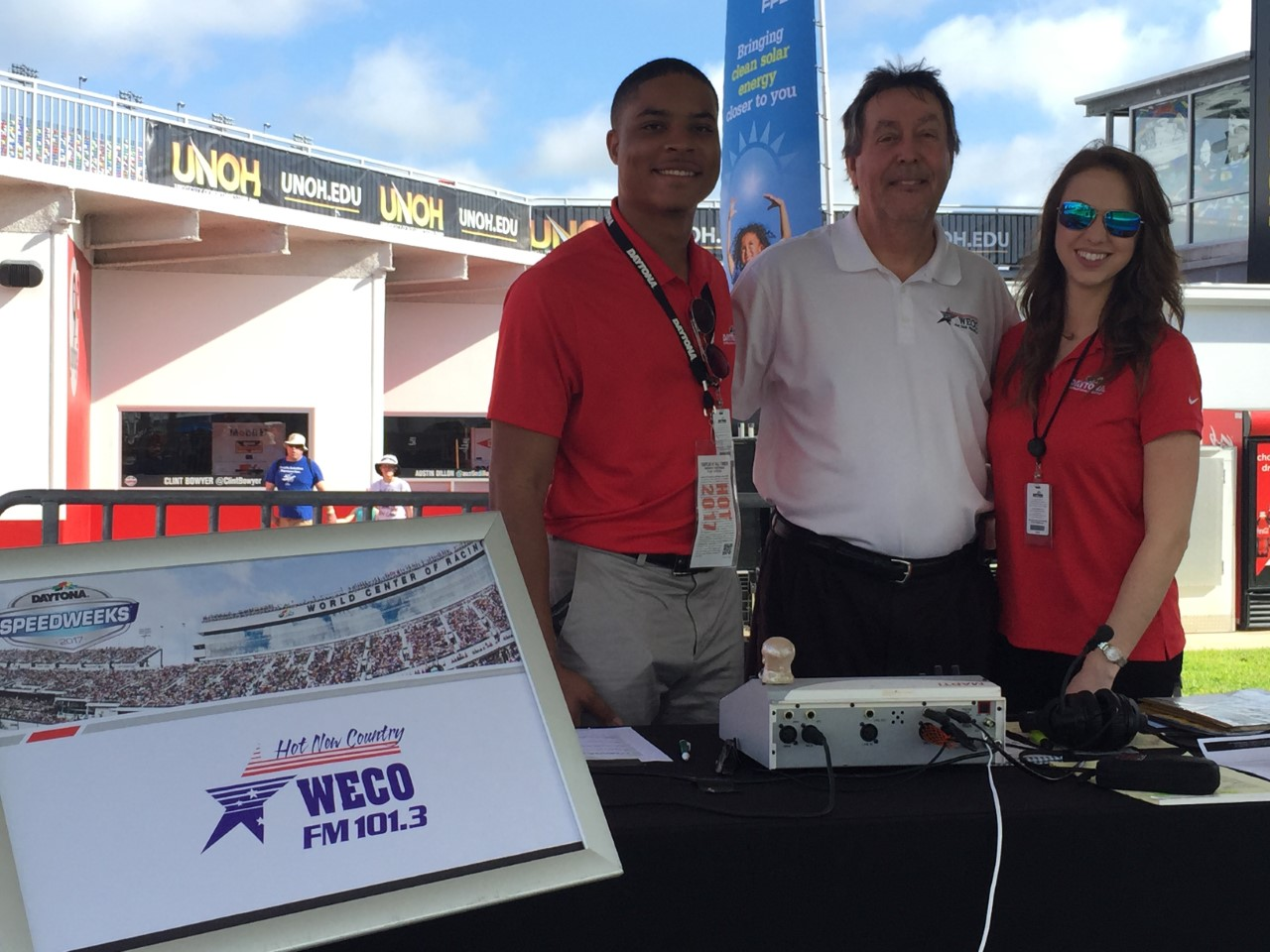 weco 39 s ed knight to broadcast live from daytona on. Black Bedroom Furniture Sets. Home Design Ideas